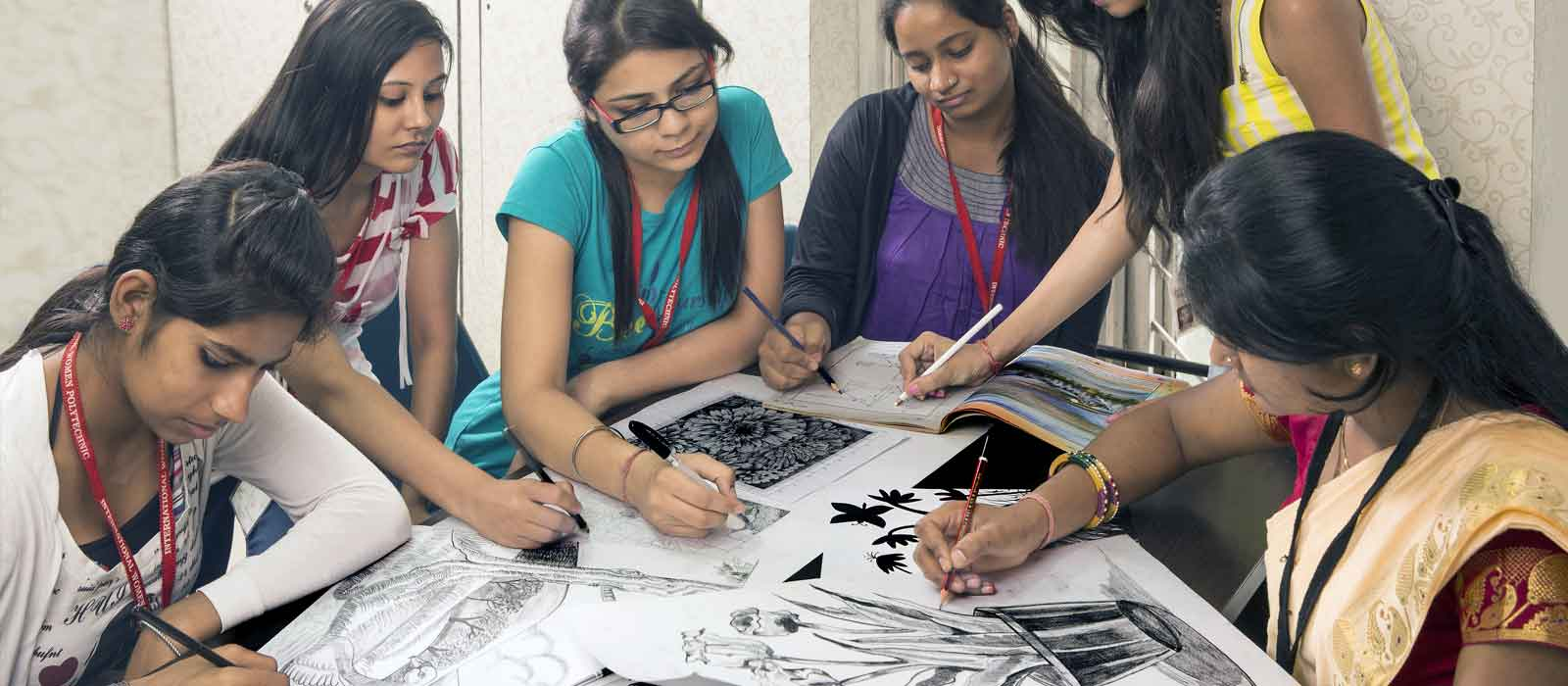 Beauty Fashion Job Training: Women Polytechnic For Fashion Designing Course, Interior